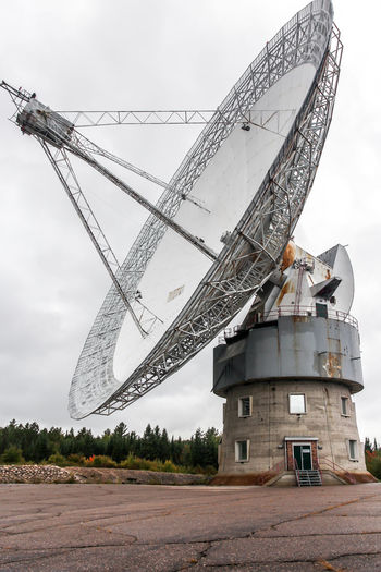 Old radiotelescope Array Cloud Cloud - Sky Day Exploration No People Observatory Outdoors Radiotelescope Sky Space