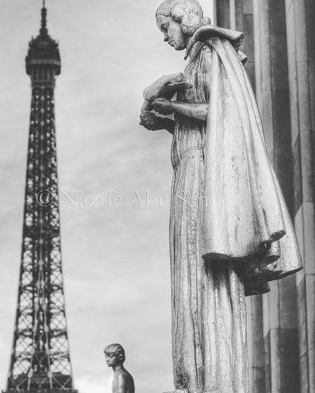 Only time   Paris Travel Paris Eiffeltower