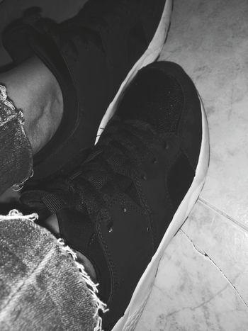 Snakers Sport Sportstyle Black Blackandwhite Look Style Footwear Outfit