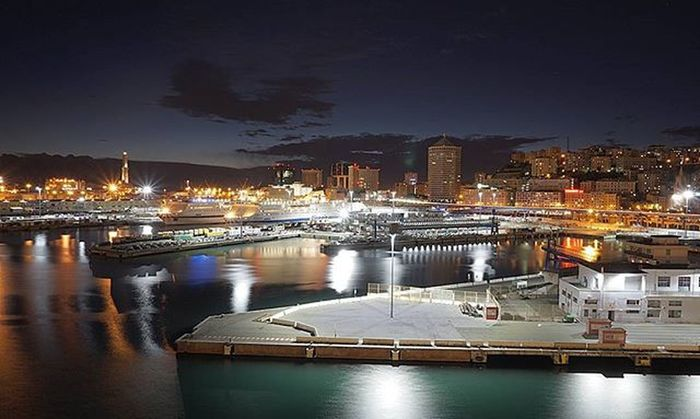 Ночная Генуя восхищает. Europe Italy Genova Port Weddingcruise2015 Bocharoff Nightcity Lights Sky Clouds Sunset Vscocam YouAst 30my 30rus My_astrakhan Helloastrakhan Instadaily
