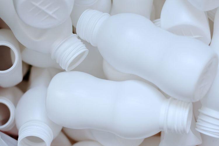 many white