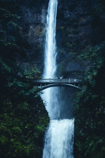 \o/ Multnomah Falls, Oregon Beauty In Nature Bridge Columbia River Gorge Dark Forest Long Exposure Motion Mt. Hood  Multnomah Falls  Nature Night Photography Oregon Outdoors Speed Water Waterfall Adapted To The City