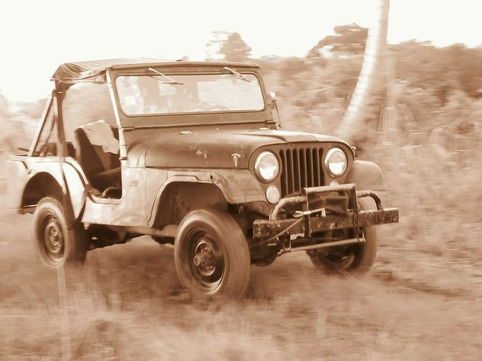 Jeep Willys on action ! Jeepwillys69 Old Old-fashioned History