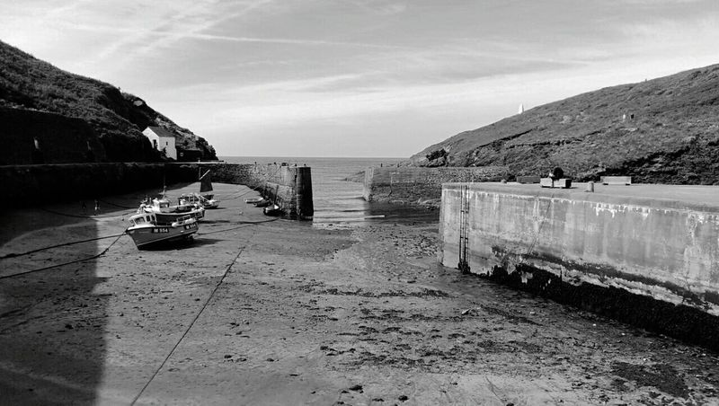 Wales St David's Harbour Quay Boats Black & White B&w Black And White Canon EOS 50D