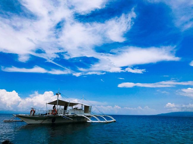 Summer Outdoors Cloud - Sky Sky Sea Nautical Vessel Water Scenics Horizon Over Water Blue Beauty In Nature Tranquility Tranquil Scene Transportation Nature Day Mode Of Transport Waterfront Beach Travel Destinations No People Dive Scubadiving Bohol Balicasag