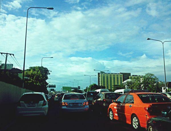 On The Road รถติด