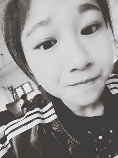 Xixinyanjiu 喜新厌旧 First Eyeem Photo