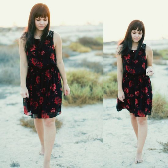Sunset Desert DXB Natural Beauty Greens Redroses Photo Shoot