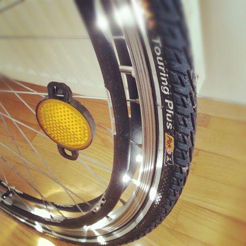 front wheel installation done #revolights Revolights