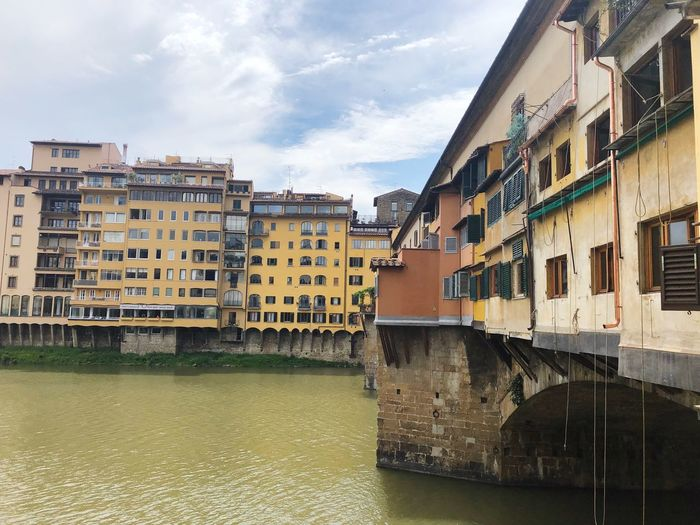 Gold Bridge Italy Tourism Florence Florence Italy Built Structure Architecture Building Exterior Sky Water Building Waterfront City Canal Outdoors Bridge - Man Made Structure Window Bridge