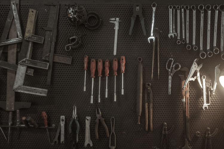 Work Tool Tool Large Group Of Objects Hand Tool Variation Indoors  Choice No People Wrench  Metal Equipment Still Life Hanging Close-up Arrangement Organization Full Frame Spanner Directly Above Steel