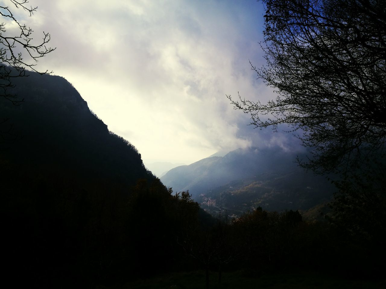 beauty in nature, mountain, nature, tranquil scene, tranquility, no people, sky, scenics, outdoors, landscape, tree, day