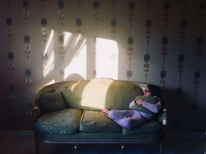 Lonlyness Afraid Indoors  Sofa One Person Isolation EyeEmNewHere EyeEmNewHere Visual Creativity Modern Hospitality Modern Hospitality The Portraitist - 2018 EyeEm Awards The Still Life Photographer - 2018 EyeEm Awards