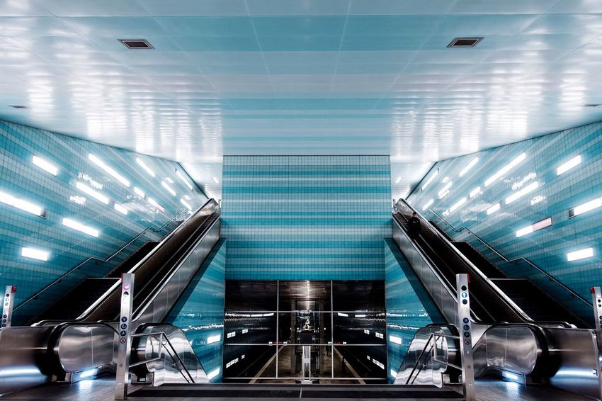 Symmetry... Architecture_collection Architecture The Graphic City Ceiling Indoors  Escalator Illuminated Modern Architecture Empty Subway Station No People Convenience Futuristic Built Structure Technology
