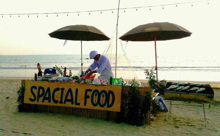 seafood, chef, fish, sea, sunset, cooking, seafood on the beach