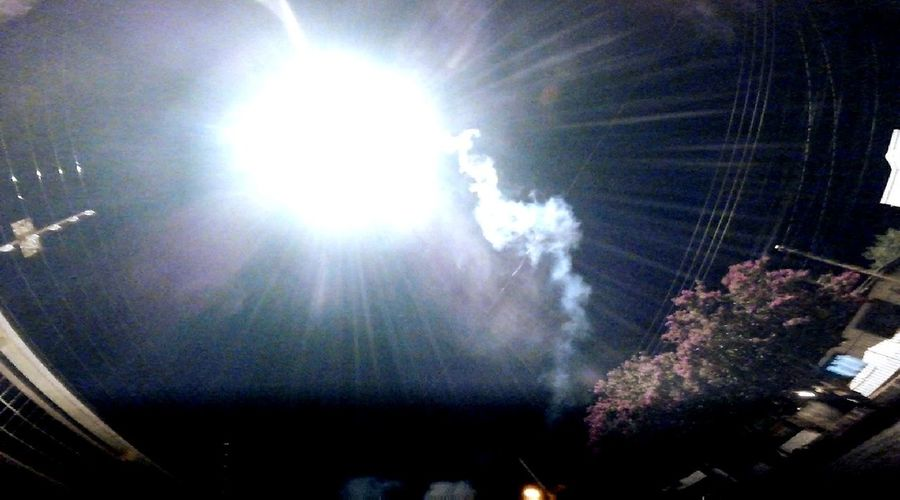 Foguete Night Artificios Break The Mold