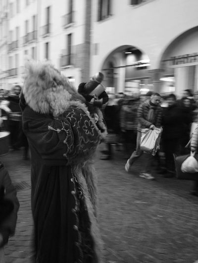 B&w Street Photography Atmosfera natalizia Atmosphere Atmosferanatalizia Natale2015 Starkphoto BabboNatale Santaclaus Beautiful Cristmas Marry Christmas Padova Padua Marry Doni December Showcase: December The Street Photographer - 2017 EyeEm Awards Black And White Friday EyeEmNewHere Business Stories