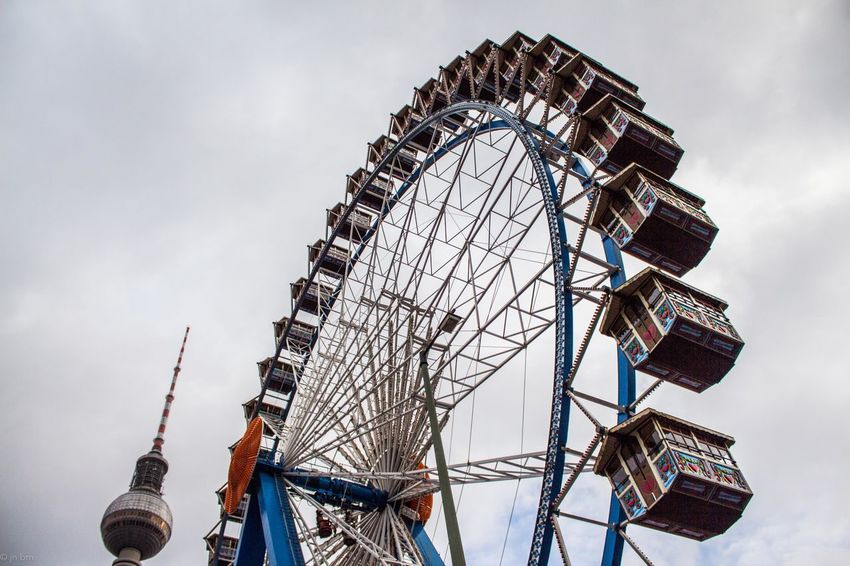 Berlin Taking Photos Free Open Edit Photography Industrial Minimal Minimalism Minimalist Minimalobsession Berlin Clouds Walking Around OpenEdit Capture The Moment Fairy Traveling Cloudy Canon650d Fairy World Wheel Photooftheday