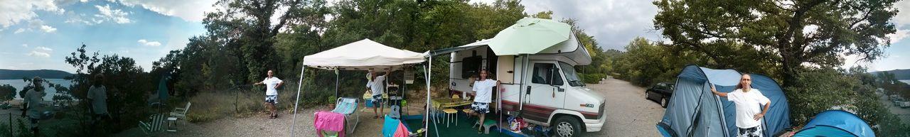 En camping au lac de Ste Croix du Verdon