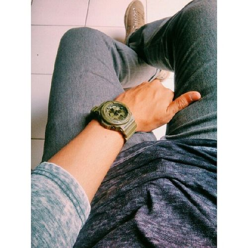 Like ppl nowadays… TopMan Green Grey Sleeve  burnout effect shirt gshock army theme watch uniqlo grey fit chino pants converse allstar shoes ootd vsco vscocam vscooutfit