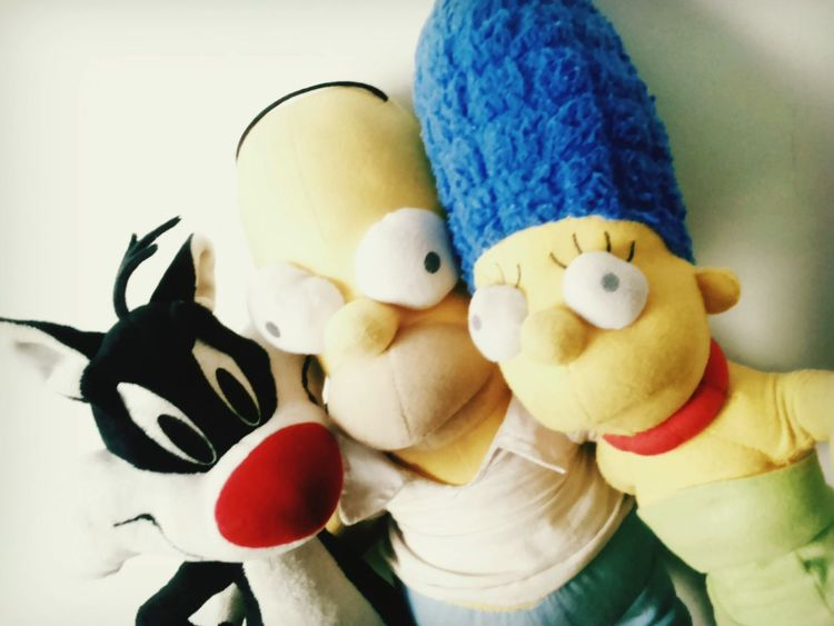 The Simpson Homero Simpson Marge Simpson Silvestre Looney Tunes Selfie