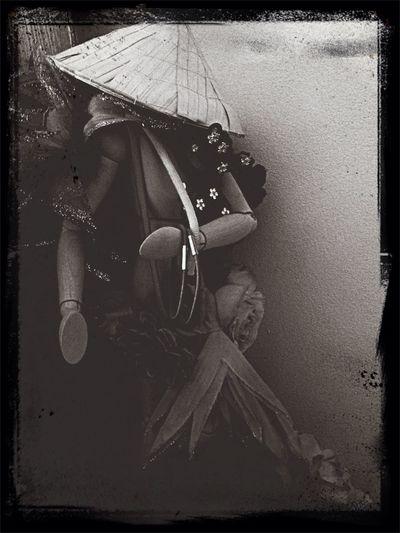 Black & White Posing Doll Flowers