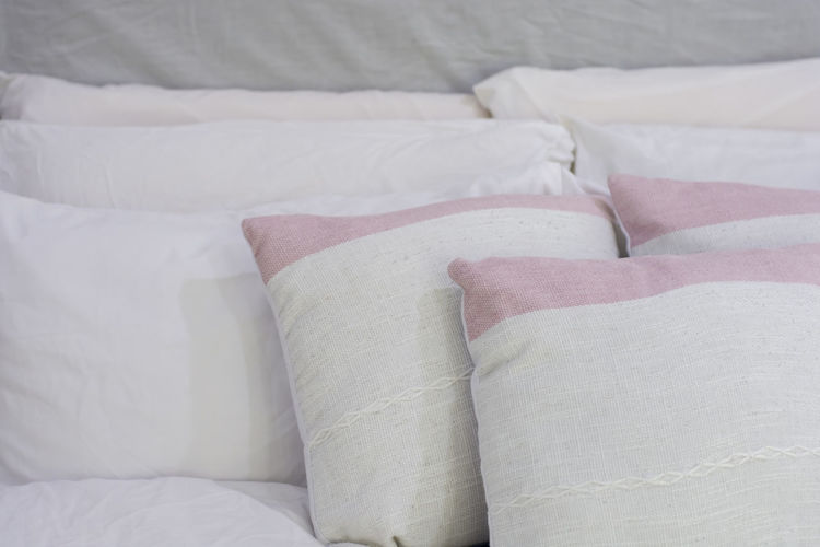 natural pillow Furniture Bed Indoors  Pillow White Color Bedroom Textile No People Domestic Room Stuffed Comfortable Cushion Home Interior Sheet Close-up Linen Blanket Relaxation Still Life Cozy Softness Clean Duvet