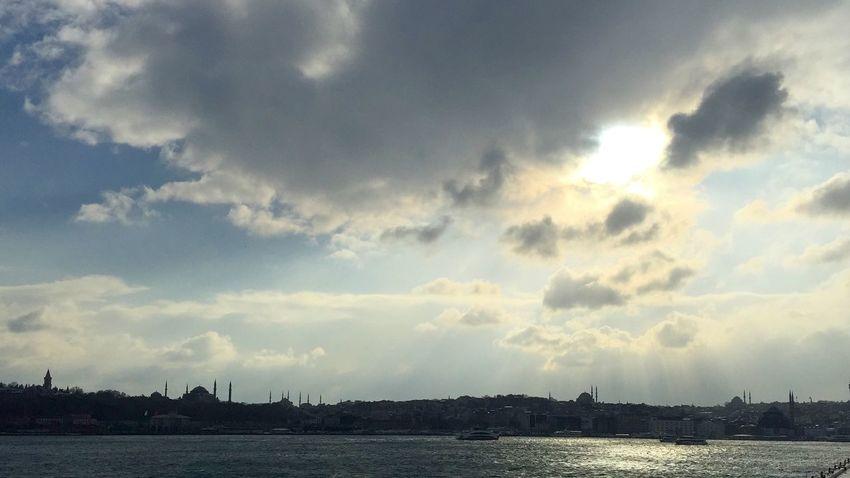Istanbul old city skyline on a rainy day Beautiful Beauty In Nature City Skyline Cloud - Sky EyeEm EyeEm Best Shots EyeEm Gallery Islam Istanbul Mosque Muslim Nature Old Istanbul Sky Sunlight Tourism Travel Turkey Turkish ıstanbul
