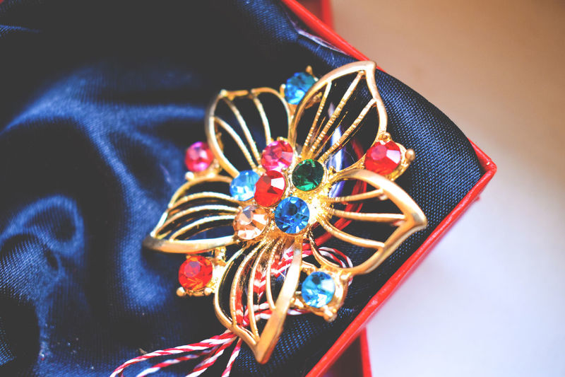 Broches Close-up Day Diamonds Flower Gold Indoors  Jewellery Box Jewelry March Martisor Multi Colored Nikkor 18-55 No People Spring Variation Woman's Day