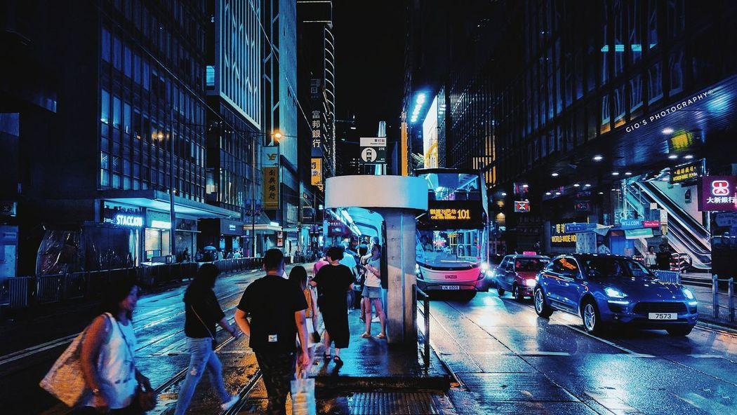 City night lights Night Illuminated City Life City Car Wet Outdoors Architecture Streetphotography City Street Lights Hong Kong Phoneography VSCO Nexus6pphotography Snapseed Edit Nexus6P Snapseed Walking Around