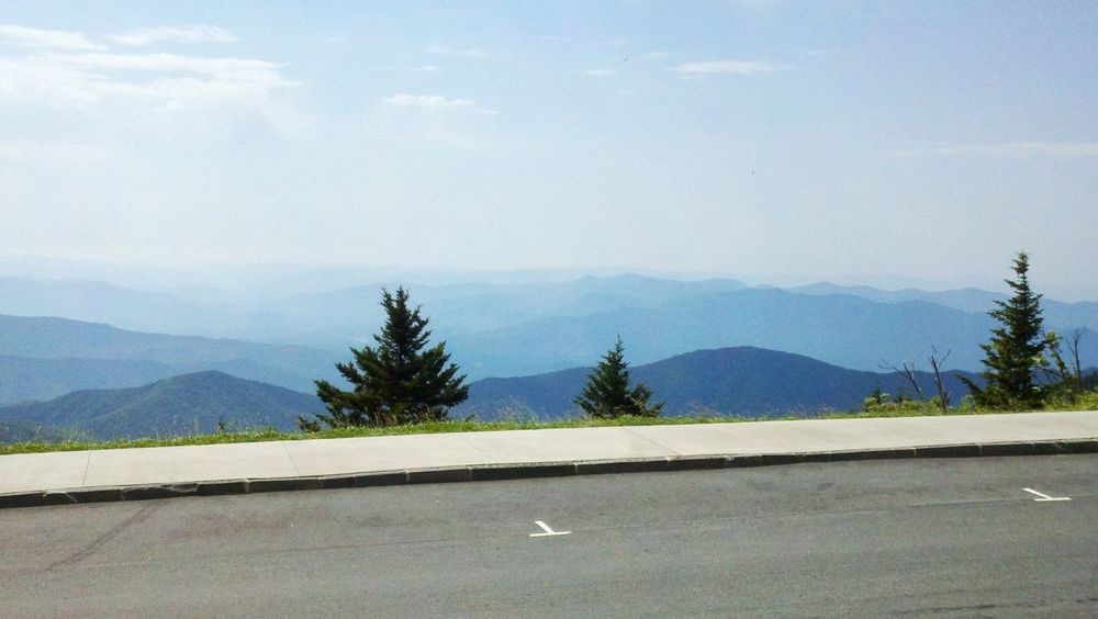 Clingmans Dome Outdoors Scenics Mountain Smoky Mountains Great Smoky Mountains National Park Road Parking Space Overlook Vists Daylight Summer Summer In The Smokies Tennessee Mountains Tennessee
