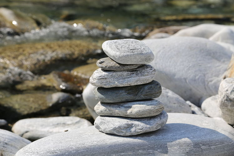 Balance Figures Manikin Nature Rock - Object Stone Stone Figure Stonepile Water