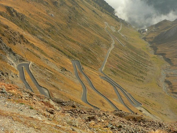 Stelvio Pass Nature Beauty In Nature Road Driving Italy Planet Earth Topgear landscape Mountain Outdoors Beauty In Nature Winding Road