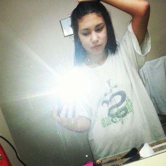 Me in my boyfriends shirt ;) Boyfriendsshirt Compfy Nighttimeshirt Lovehim sleeping <3 glad I found someone like him <3