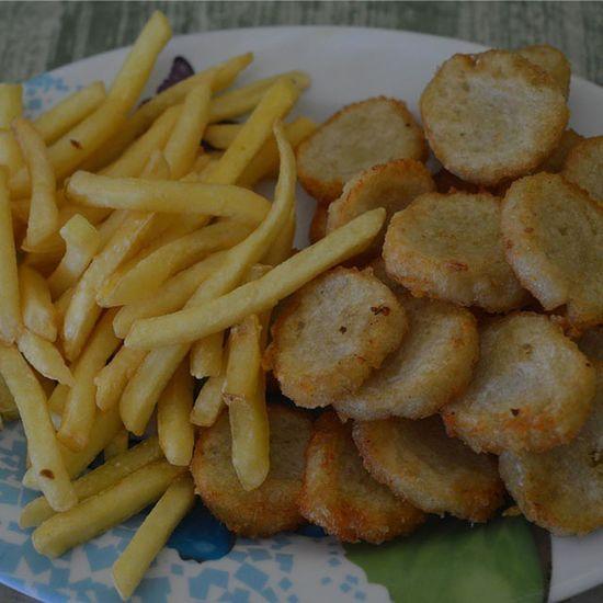 """Kentang dan empek-empek goreng"", menu simple pembatal puasa...Makanan Masakan Masakanindonesia Masakanrumah Masakanrumahan Foodies Food Cook  Cooking Chef Koki Kuliner Culinary Cullinary"