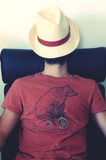 Hat Three Quarter Length Adult Front View Adults Only Young Adult One Man Only Cowboy Hat One Young Man Only Only Men One Person People Portrait Men Lifestyles Red Indoors  Day Resting Relax Resting Time Relaxing Time