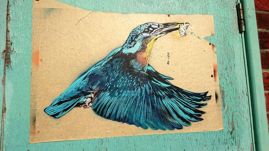 Kingfisher Graffiti Art Close-up Day Outdoors Street Art Urban Unexpected Beauty No People