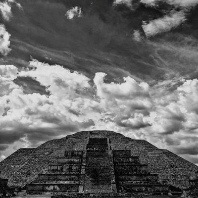 Low Angle View Architecture Blackandwhite Architecture Mexico Old Town City Sky History Pyramid Built Structure Teotihuacán Pyramids