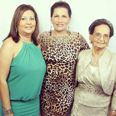 Thank you Auntie Donna and Dr Persad (aka Mom) for helping keep us informed at all times about Mama!!! TeamPersad TeamPersaud Myfavoriteauntie Dadsyoungersister Dadsonlysister myMom thedoctor daughterinlaw ourstrength wonderfulladies