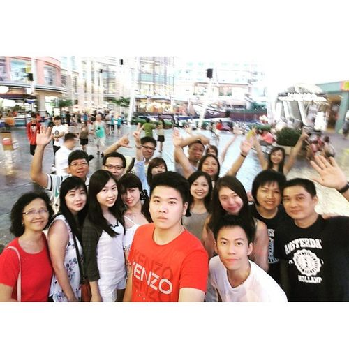 TRUSTY at Jungceylon Mall in Phuket TeamworkMakesTheDreamWork TRUSTY Outing Phuket thailand creativity games loyality fun friendship teamwork 2015.06.20