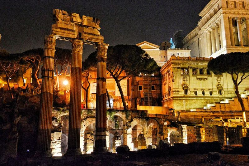 """Tempio Di Venere Genitrice"" - Roma Rome Roma Photobydperry Night Architecture No People Illuminated Foro Romano Foro Imperiale Columns Temple"