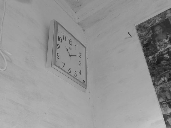 Watch The Clock Watch Hour Time Moments Blackandwhite Monochrome Wall - Building Feature Architecture No People Text Number Communication Built Structure Low Angle View Close-up Information