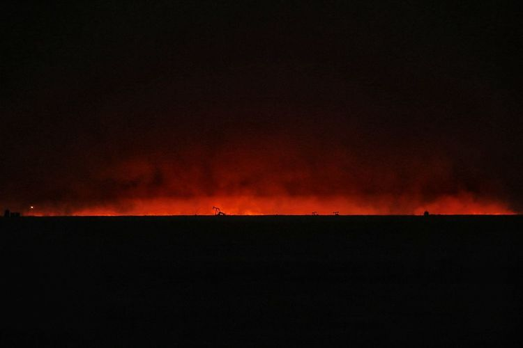 Kansas Wildfire Fire In Sky Beautiful Destruction Fire Grass Fire