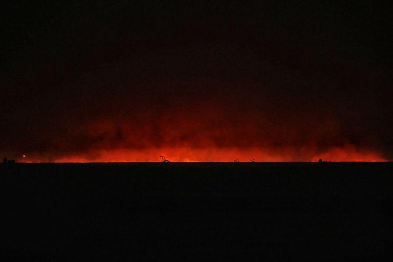 Kansas Wildfire Fire In Sky Beautiful Destruction Fire Grass Fire