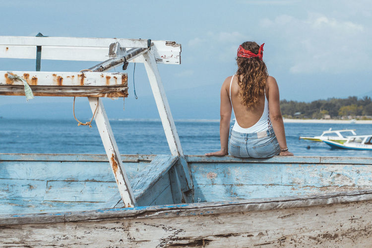 Beach Boat Girl Ocean Ocean View Outdoors Sea Sommergefühle Summer View Water Young Women The Great Outdoors - 2018 EyeEm Awards The Traveler - 2018 EyeEm Awards