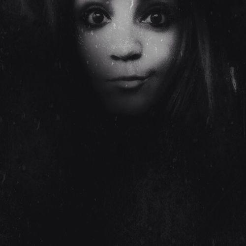 Yurlet_darkportraits