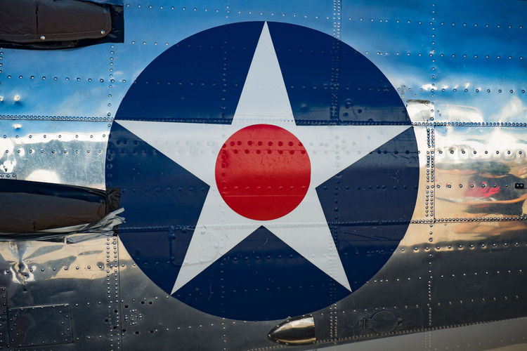 USAAF (Pre-1942) insignia on aircraft fuselage. Air Force Airplane Airshow Insignia Military Military Airplane Usaaf WWII Aircraft WwII Airplane