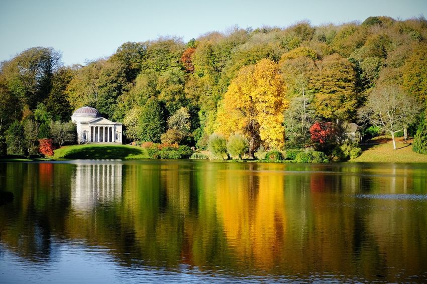 Stourhead Plant Tree Water Reflection Lake Nature Waterfront Sky No People Beauty In Nature Architecture Built Structure Green Color Outdoors Tranquility Scenics - Nature Tranquil Scene Day Growth