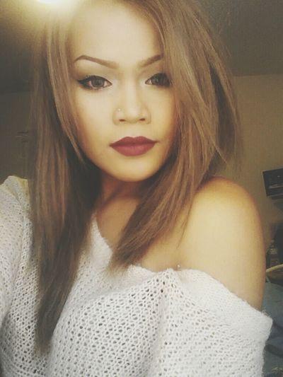 That's Me Selfie Makeup Hello World