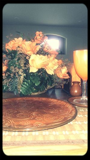 kitchen table flowers<3